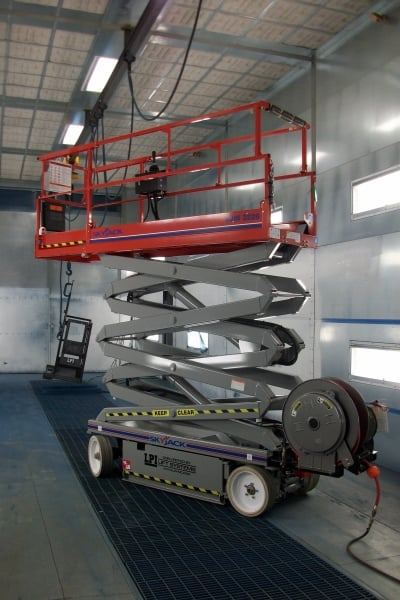 Steerable / Drivable Pneumatic Scissor Lift