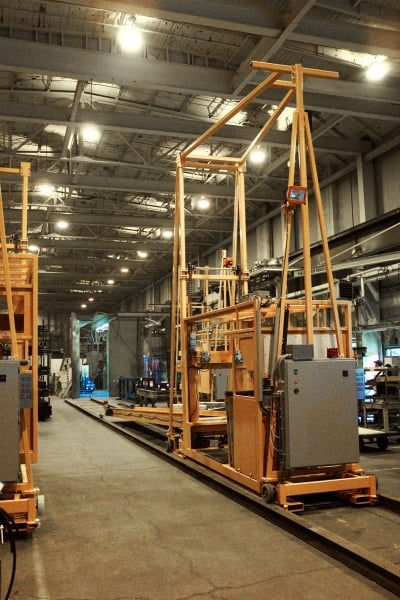 Material Handling / Material Picking Lifts